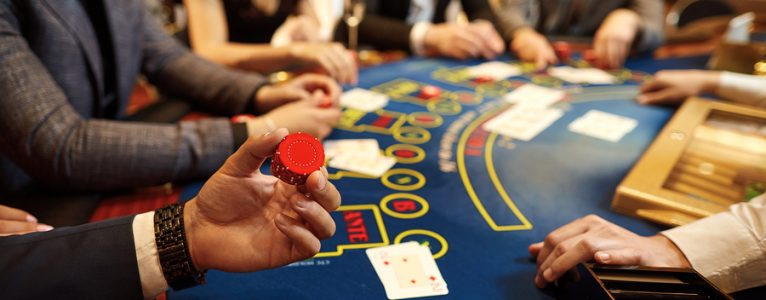 Simple Tips For Utilizing Online Gambling To Get Ahead of Your Competition